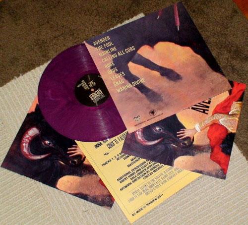 Totimoshi 'Avenger' LP photo