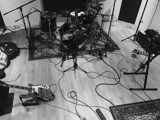 Twin Sister - Studio