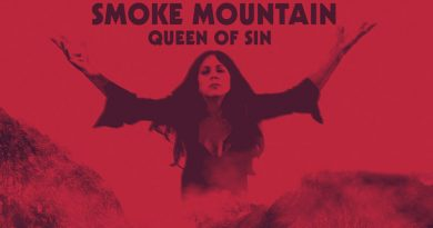 Smoke Mountain 'Queen Of Sin'