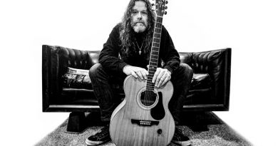 Video Premiere: Tony Reed 'Funeral Suit' – Solo Acoustic Album Out Now Via Ripple Music