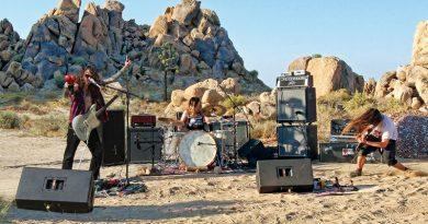Mountain Tamer 'Live In The Mojave Desert - Volume 5'