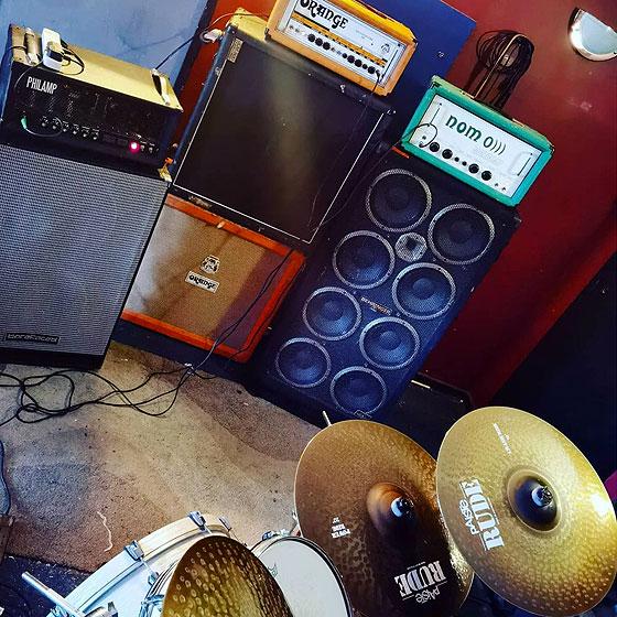 Bismuth - Amp Rig & Drums