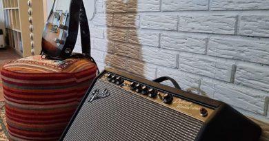 Jostein / Red Mountains - Guitar & Amp